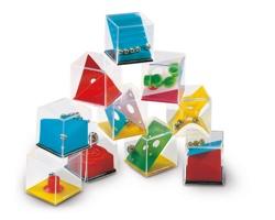 Různé puzzle hry v krabičce WOOLY - vícebarevná