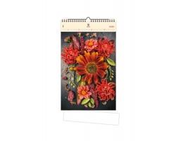 Luxusní dřevěný nástěnný kalendář Flowers 2020