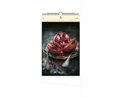 Luxusní dřevěný nástěnný kalendář Food Art 2020