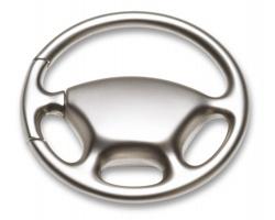 Luxusní kovový přívěšek GOING ve tvaru volantu - matně stříbrná