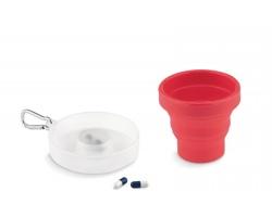 Silikonový skládací hrnek GOSHEN s dávkovačem na léky - červená