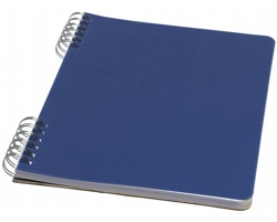 Poznámkový blok v měkkých deskách SAROS, formát A5 - královská modrá