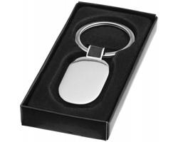 Kovový oválný přívěsek na klíče SOLED v dárkové krabičce - stříbrná / černá
