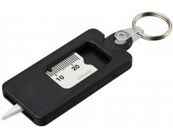 Plastový přívěsek na klíče SIERRAVILLE s měřákem hloubky vzorku pneumatik - černá