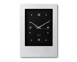 Nástěnné hodiny ROMANO - saténově stříbrná