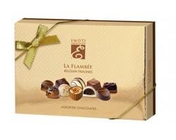 Výběr belgických pralinek z hořké, mléčné a bílé čokolády CHOCOLATE SHINE v dárkovém balení - zlatá