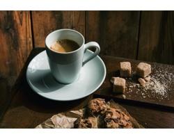 Značková sada porcelánových šálků a podšálků Vanilla Season TAMBORA, 2 ks - bílá