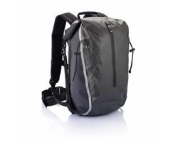 Značkový nepromokavý batoh Swiss Peak DARCEL s originálním systémem uzavření - šedá