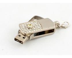 Klasický USB flash disk SAXTON