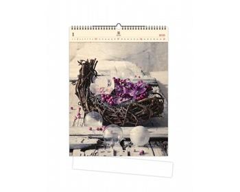 Náhled produktu Luxusní dřevěný nástěnný kalendář Design 2021