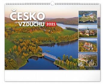 Náhled produktu Nástěnný kalendář Česko ze vzduchu 2021