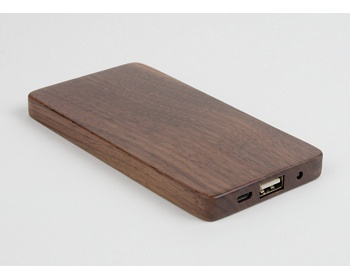 Náhled produktu Netradiční dřevěná powerbanka STUB